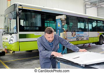 autobus, fabryka