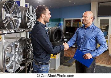 automático, proprietário negócio, e, bordas roda, em, serviço carro