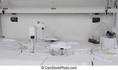 Automated working  machine