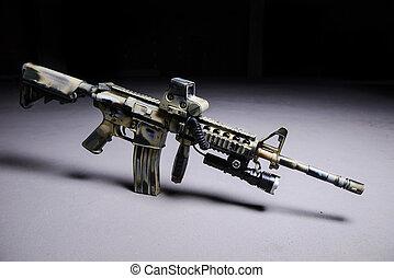 Automatic rifle M16 with LED flashlight - Camouflaged...