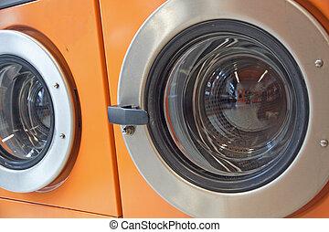 automatico, macchine lavano, in, uno, lavanderia automatica