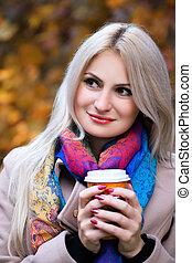automne, café, boire, parc, girl