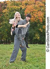 automne, couple