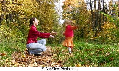 automne, courant, parc, girl, mère