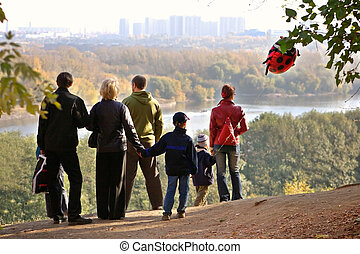 automne, déclin, silhouette, famille, admirer