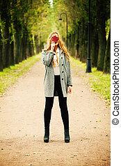 automne, femme, concept, leaf., automne