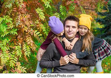 automne, heureux, parc, famille, dehors