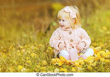automne, mignon, petite fille, jour