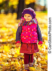 automne, mignon, peu, parc, girl