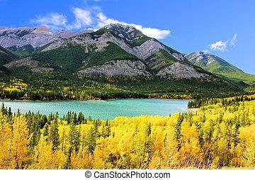 automne, montagnes