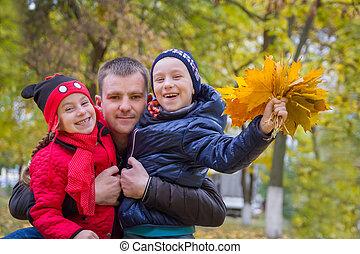 automne, père, parc, deux enfants