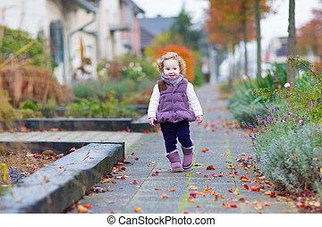 automne, petite fille