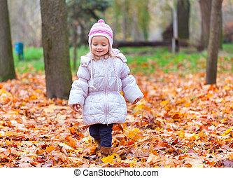 automne, peu, parc, marche, girl