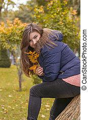 automne, portrait, femme, parc, jeune