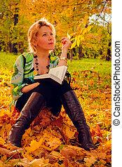 automne, portrait, feuilles, femme