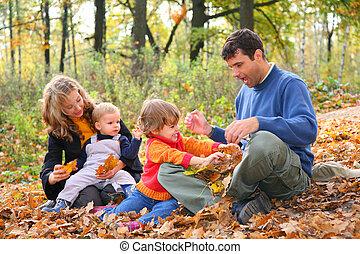 automne, quatre, forêt, famille