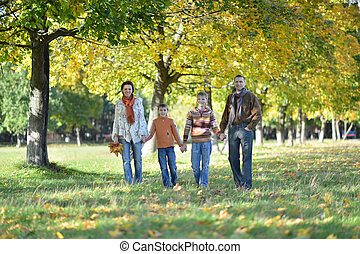 automne, quatre, marche, parc, famille