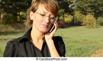 automne, téléphoner femme, jeune