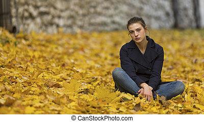 automne, ville, girl, assied, parc