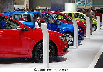 automobile, in, uno, sala esposizione