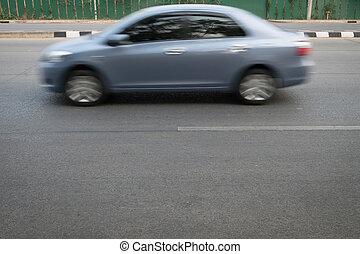 automobile, movimento veloce, sfocato, guida, su, strada