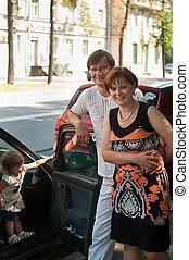automobile, qui, genitori, bambino, nuovo, felice
