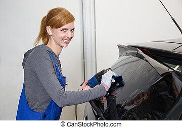 automobilen, wrapper, tinting, vogn vindue, ind, garage, hos, en, tinted, folie, eller, film