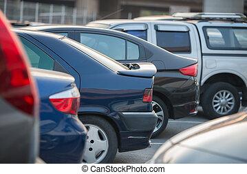 automobili, fila, su, uno, parcheggio