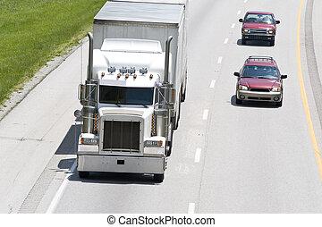 automobili, passare, camion, su, il, interstatale