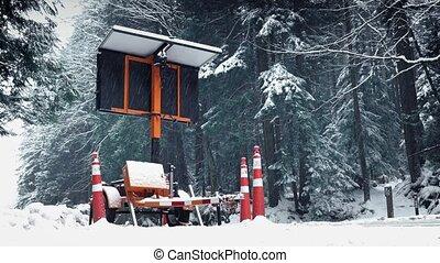 autos, passierschein, straße zeichen, in, schneesturm