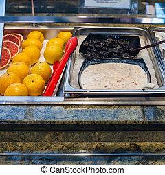 autoservicio, buffet, con, frío, desayuno