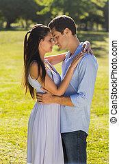 autre, parc, couple, aimer, chaque, embrasser