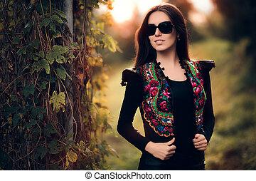 Autumn Fashion Woman With Sunglasse