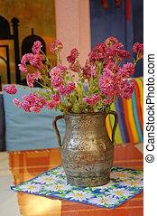 Autumn flowers in the vase