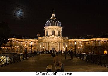 Palais de la Legion d'Honneur at night.