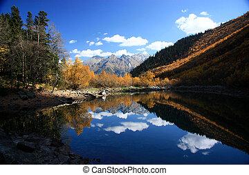 Badukskie lake Caucasus - Autumn in the Caucasus, Badukskie...
