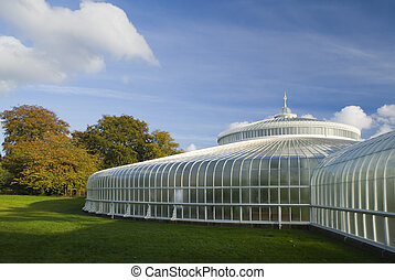 Glasgow's newly refurbished Kibble Palace in autumn sunshine