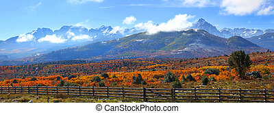 Autumn landscape near Ridgeway