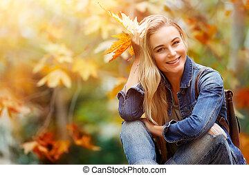 autumn las, samica, szczęśliwy