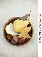 pears and bowl
