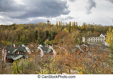 Autumn urban landscape and the cloudy sky.