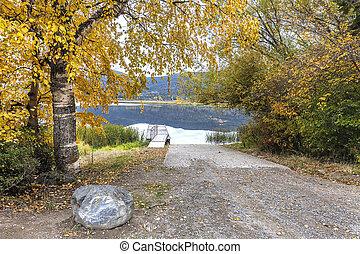 Autumn view at Idaho lake.