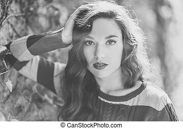 Beauty Fashion Model Girl with Autumnal Make up - Autumn...