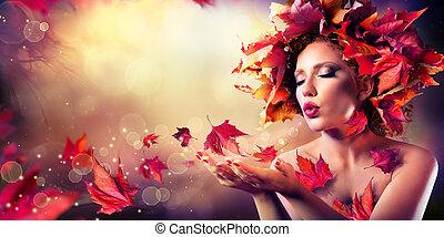 autunno, donna, soffiando, foglie rosse