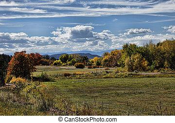 autunno, paesaggio montagna