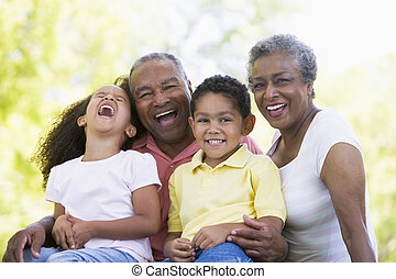 avós, rir, com, grandchildren