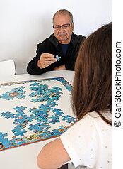 avô, jogue, neta, quebra-cabeça