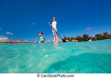 aventura, vacaciones familia