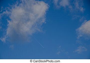 avião, em, a, céu, com, nuvens