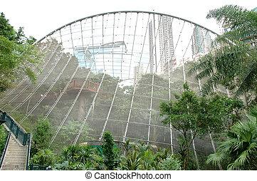 Aviary located in Hong Kong Park